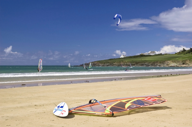 Kite Surfing and Windsurfing at Daymer Bay