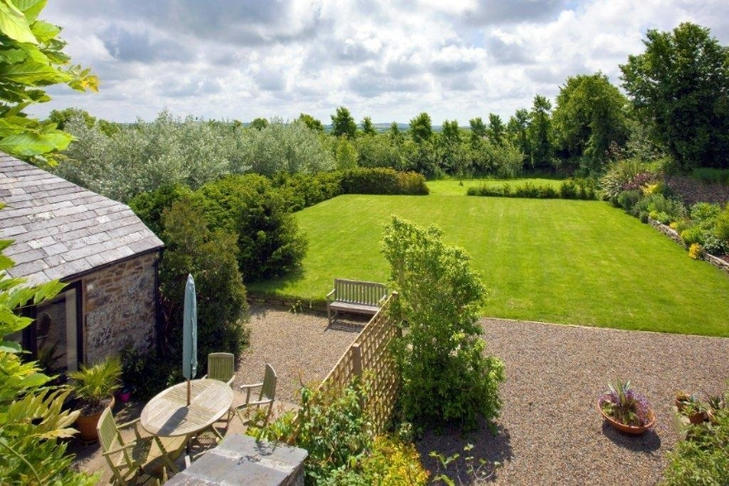 Private gardens, sleeps 6 in Cornwall