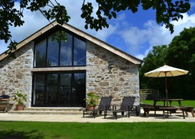 Orchard Barn St Kew Holiday Cottages, North Cornwall
